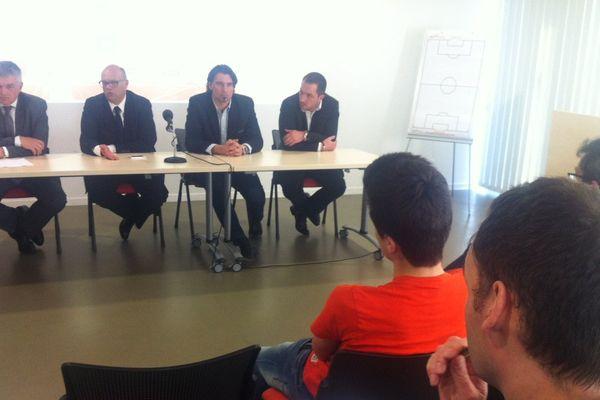 Denis Zanko et les dirigeants du Stade Lavallois lors de la conférence de presse cet après-midi