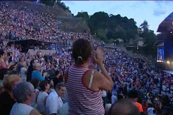"""Dès la soirée d'ouverture , le festival a fait """"amphithéâtre comble""""."""