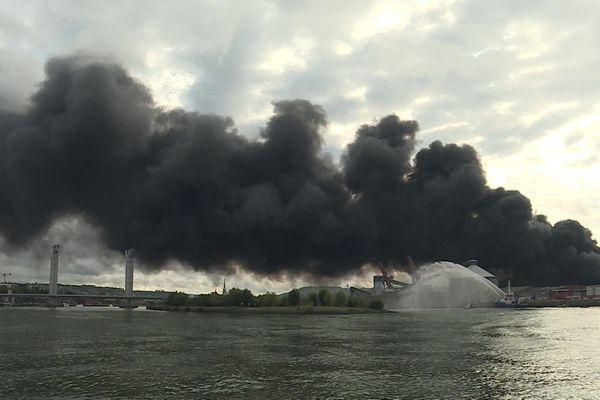 Les sinistrés de Lubrizol lancent leurs propres expertises sur les conséquences sanitaires de l'incendie