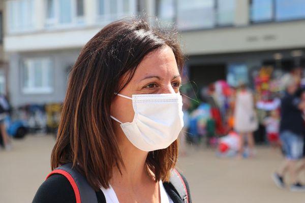Désormais, les marchés de nombreuses communes locales se feront avec un masque.