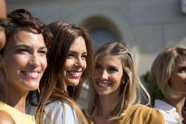 """Marine Lorphelin lors d'une réunion avec d'autres anciennes Miss dans le cadre de l'association """"Les Bonnes Fées"""". Une image AFP de Florian David"""