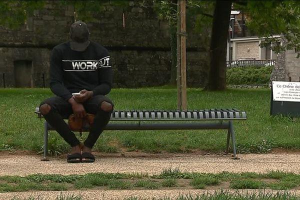 Siaka Wattara a 17 ans. Ce jeune ivoirien a bataillé avec l'aide d'une association pour faire valoir sa minorité.