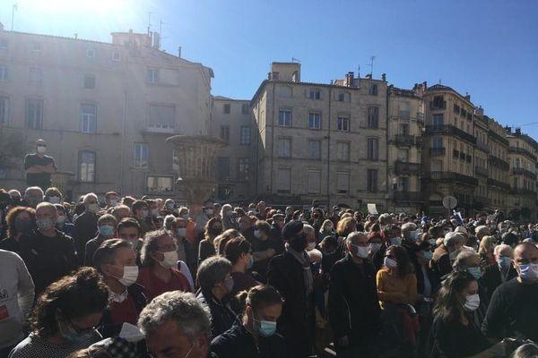 Des centaines de personnes réunies ce dimanche.