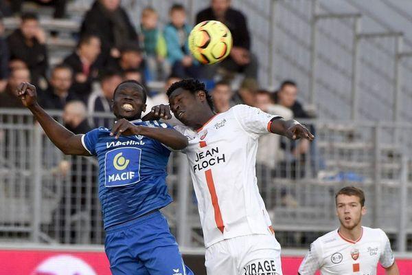 Lorient arrache le match nul à Niort mais coince dans la course aux barrages