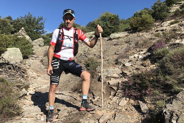 Denis Clerc, alias Zinzin reporter dans le massif du Carouxsitué dans l'arrière-pays héraultais au cœur du Parc Naturel Régional du Haut-Languedoc.