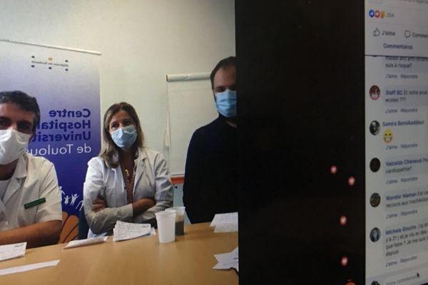 Le chef du service des maladies infectieuses professeur Pierre Delobel (à gauche), le docteur Béatrice Riu-Poulenc responsable de l'unité de réanimation de l'hôpital de Purpan (au centre) et le professeur Vincent Bounes (à droite) chef du Samu 31 ont répondu à de multiples questions en direct.