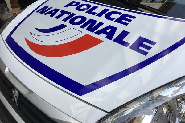 Voiture de police image d'illustration
