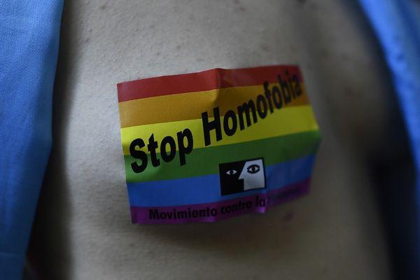 Une enquête a été ouverte après l'agression d'une personne transgenre victime aussi d'insultes homophobes dans le centre-ville de la Roche-sur-Yon dans la nuit de samedi à dimanche