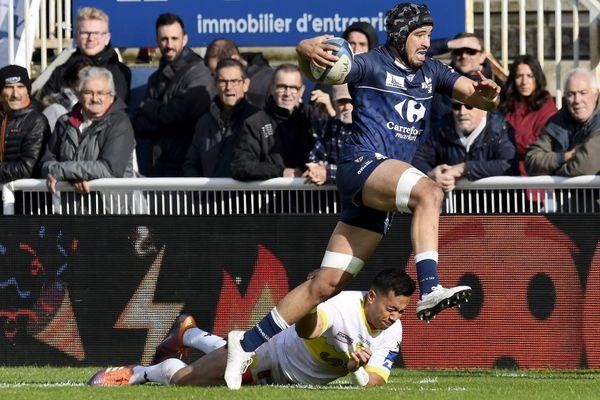 Les joueurs de Colomiers Rugby n'ont pas l'habitude d'évoluer devant 1 000 spectateurs seulement au stade Michel Bendichou.