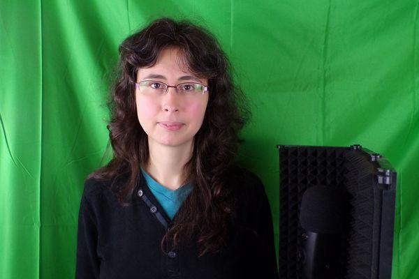 Katia Nugnes, professeure de français et youtubeuse, est originaire de Montpellier mais est tombée amoureuse de la Franche-Comté.