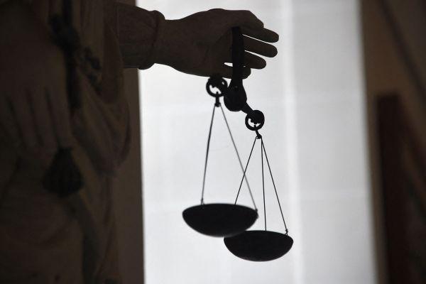 Une justice plus dure pour les proxénètes.