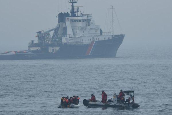 10 migrants ont été secourus par la marine nationale au large de Boulogne-sur-Mer
