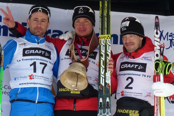 Le podium 2012 du 70 kms style libre : Sergio Bonaldi, Aliaksei Ivanou - Martin Koukal