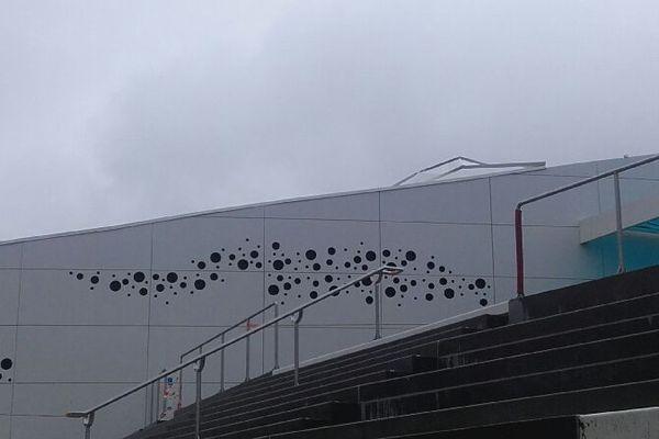 Une partie du toit de Nausicaa s'est envolée.