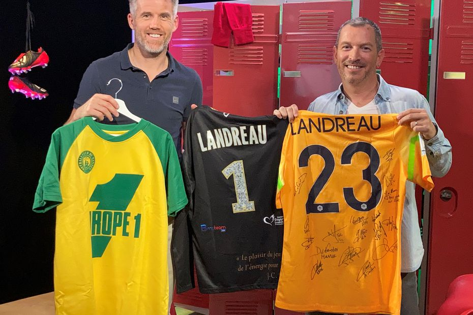 "SOCCER.  Mickaël Landreau, from Collectif Nantais: ""For FC Nantes, we are going to open a popular crowfunding"""