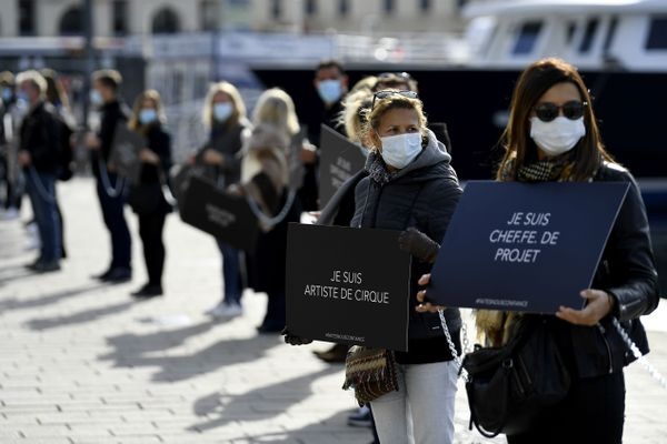Tous les projets sont bloqués alors que des événements peuvent être organisés en-dehors d'Aix ou Marseille