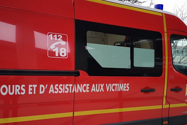 Un cycliste est décédé, samedi 28 décembre, dans un accident de la route à Celles-sur-Durolle (Puy-de-Dôme).