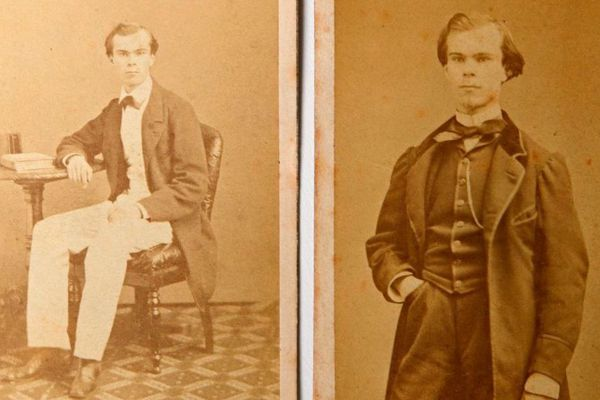 Des photos inédites de Paul Verlaine contenues dans un album de famille découvert à Lille.