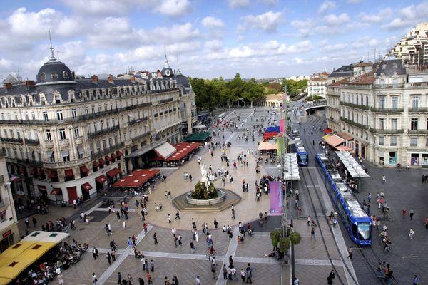 Montpellier - la Place de la Comédie - archives