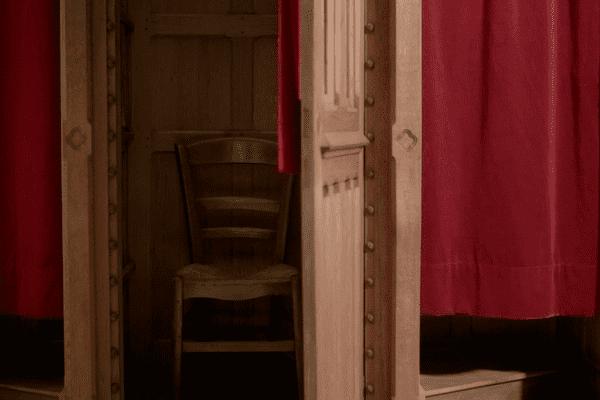 Les confessionnaux sont peu à peu délaissés