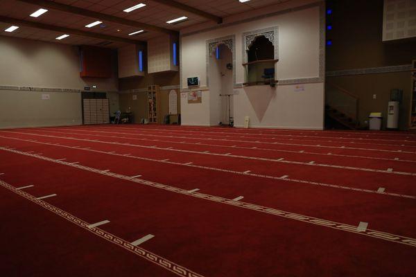 Inauguré en 2006 dans le quartier Villejean à Rennes, à deux pas du CHU Pontchaillou, le centre culturel et cultuel Avicenne fait partie des cinq mosquées que compte la ville de Rennes