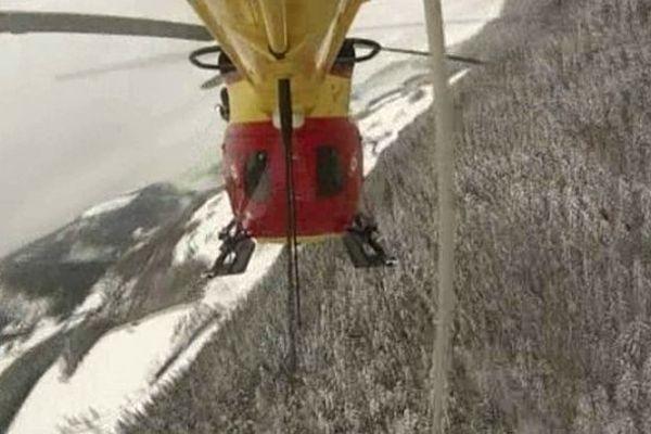 L'hélicoptère des secours