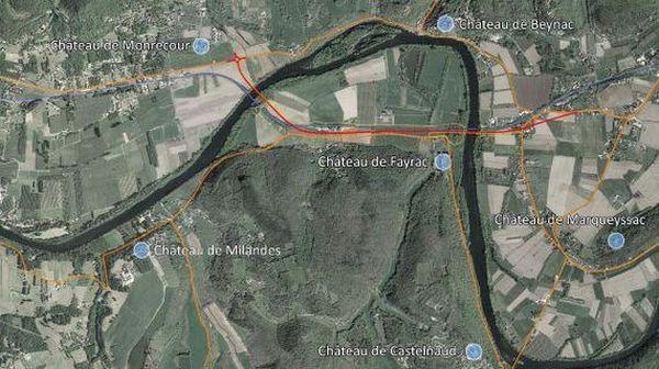 """Le projet de contournement prévoyait de """"couper"""" la boucle de la Dordogne pour éviter la traversée du village de Beynac"""