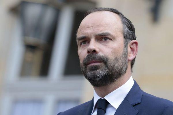 Edouard Philippe, Premier ministre, lors de la passation de pouvoir avec son prédécesseur à Matignon. 15/05/2017