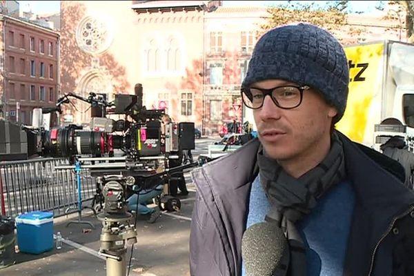 """Le réalisateur Antoine Raimbault lors du tournage de son film """"Une intime conviction"""""""