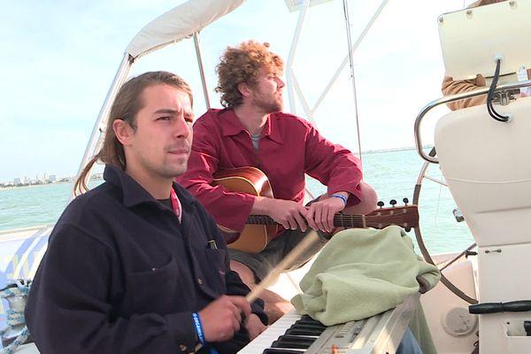 Ils sont 6 et partent pour une traversée de plus de 2 mois. The Big Idea doit arriver en Guadeloupe début décembre, avec un album enregistré pendant la traversée.