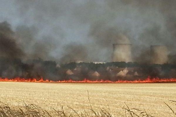 L'incendie s'est déclaré à Courbouzon à côté de Mer (41)