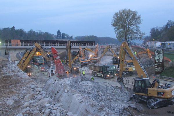 Les travaux de création d'une 3ème voie sur l'autoroute A43 à hauteur de la Tour-du-Pin