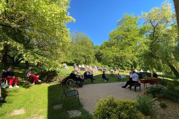 Musique au Jardin de Lessy