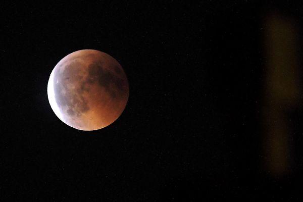 La prochaine éclipse totale de cette durée aura lieu dans plus de cent ans.