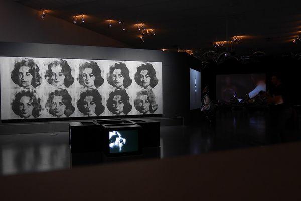 Exposition Warhol Underground au Centre Pompidou-Metz.
