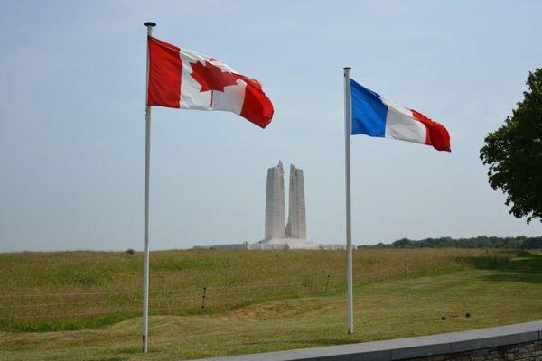 Le site du Mémorial national du Canada est géré par le ministère canadien des Anciens combattants.