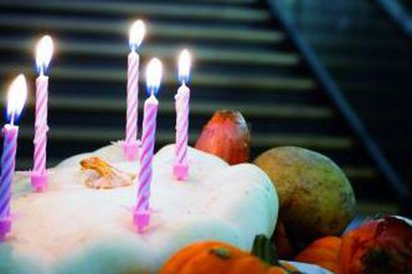 Gâteau d'anniversaire sur la plaquette de la Filoche