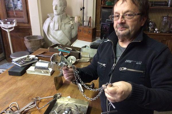 Olivier Cahart, 65 ans, ancien magasinier du musée de la médecine de Sedan.