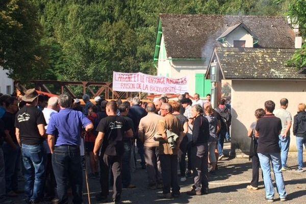 Manifestation des anti-ours à Etsaut le 29 aoû dernier.