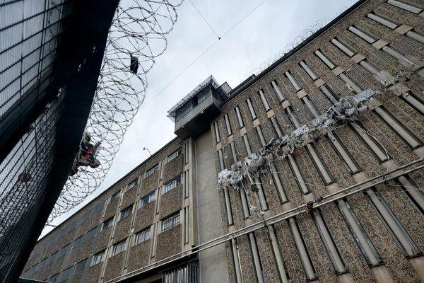 L'homme était détenu à la maison d'arrêt de La Talaudière qui connait des problèmes de surpopulation carcérale.