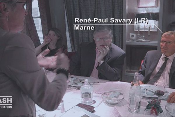 René-Paul Savary devant la caméra de France 2 dans l'émission Cash Investigation