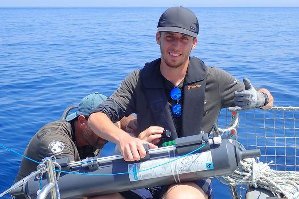 Nacim Guellati, étudiant de l'Université de Montpellier, avant son départ pour une expédition en Antarctique avec Greenpeace