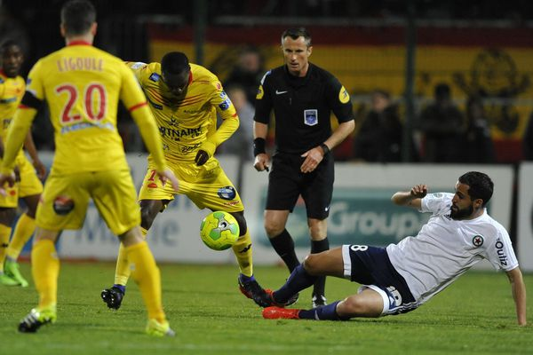 Orléans le 28/04/2017 Football Domino's Ligue 2 US Orleans contre Red Star Gomis et Makhedjouf