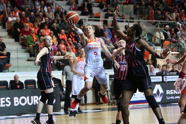 Les Berruyères, à l'image de Céline Dumerc, connaissent bien Kayseri et veulent s'imposer dès le match aller en Turquie