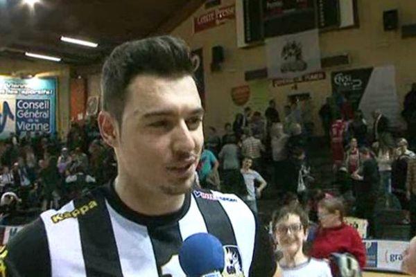 Eldin Démirovic, meilleur marqueur de la rencontre.