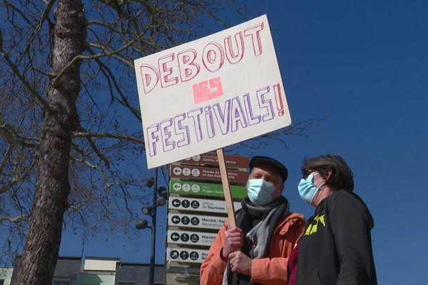 Une manifestation festive s'est tenue à Nevers ce samedi 6 mars pour réclamer la réouverture des lieux culturels