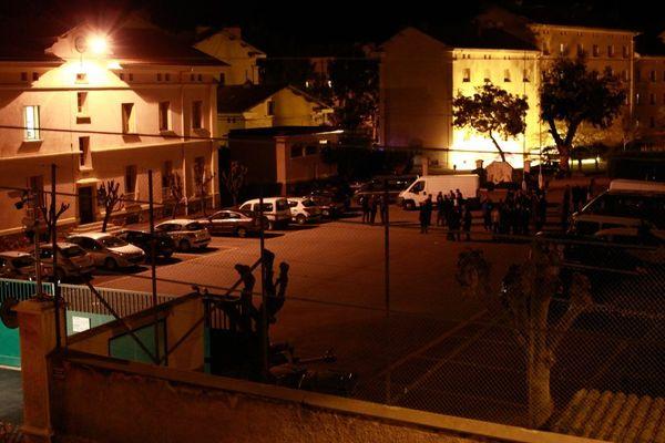 Le 5 décembre 2013, deux des plus importantes casernes de gendarmerie de Corse ont été attaquées à la roquette à Ajaccio (photo) et Bastia, sans faire de blessés.