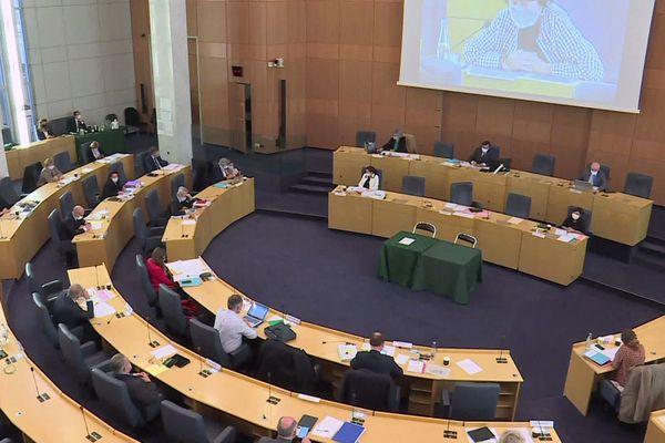 14 janvier 2021 : session extraordinaire du conseil départemental de Seine-Maritime un vote concernant le contournement routier de Rouen