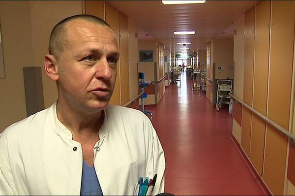 Hautes-Pyrénées - Arnaud Huboud-Peron, chirurgien orthopédiste au centre hospitalier de Tarbes.