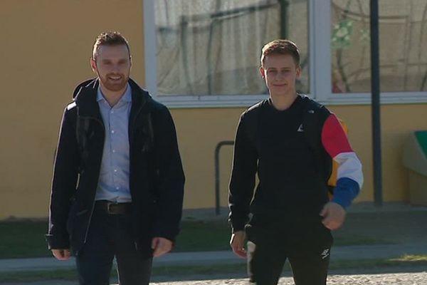 Léo et son tuteur à la fac de sport de Besançon